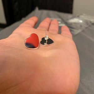 Heart shape stud earrings in Silver